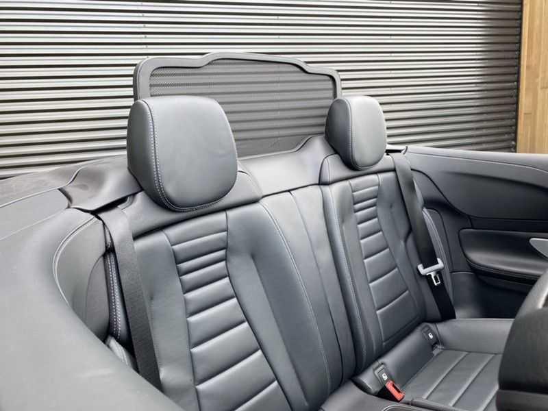 Mercedes-Benz E-Klasse Cabrio 350 AMG   Carbon   Burmester   360º   Night pakket afbeelding 18
