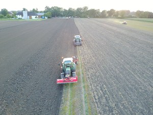 Starker Feldabend bei Ginthör Landtechnik
