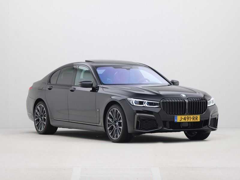 BMW 7 Serie 745e M Sport High Executive BEZICHTIGING OP AFSPRAAK afbeelding 8
