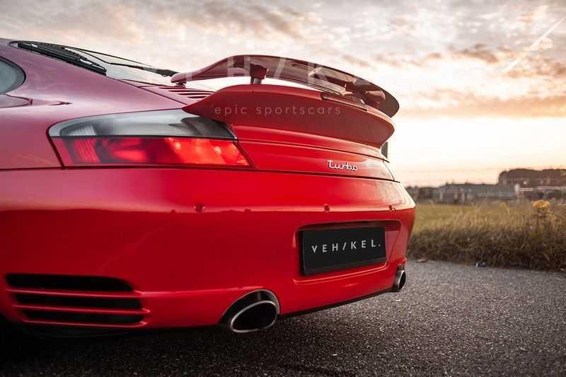 Porsche 911 3.6 Coupé Turbo // Eerste eigenaar // Originele lak afbeelding 4