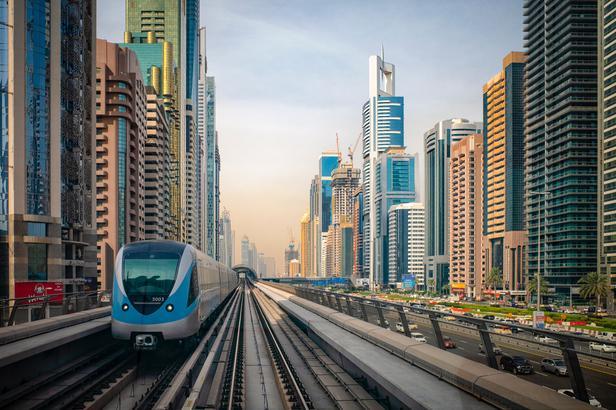 Dubai, Smart Buildings, Train, smart transportation,