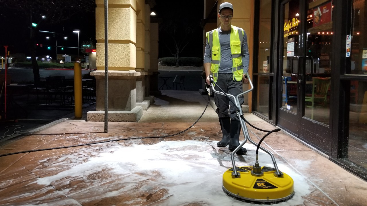 pressure-washing-cafe-rio-storefront-and-siding--cleaning-17