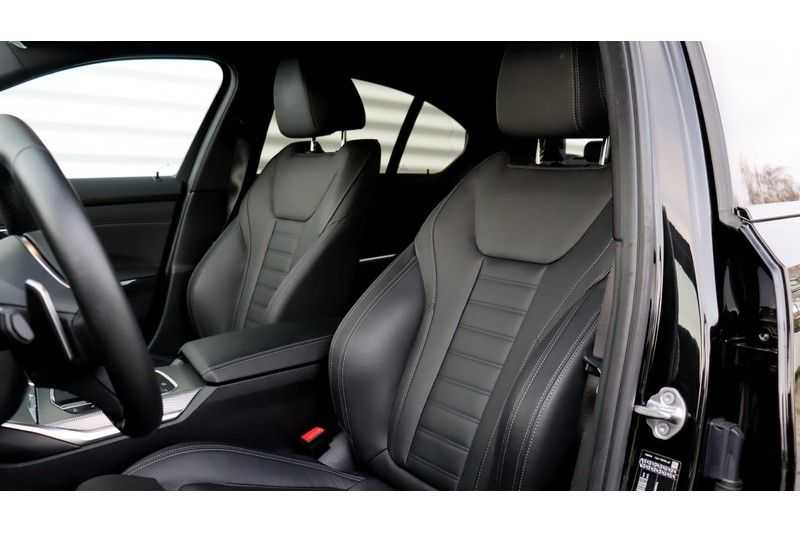 BMW 3 Serie 320i High Executive M Sport, Harman/Kardon, Live Cockpit Professional afbeelding 16