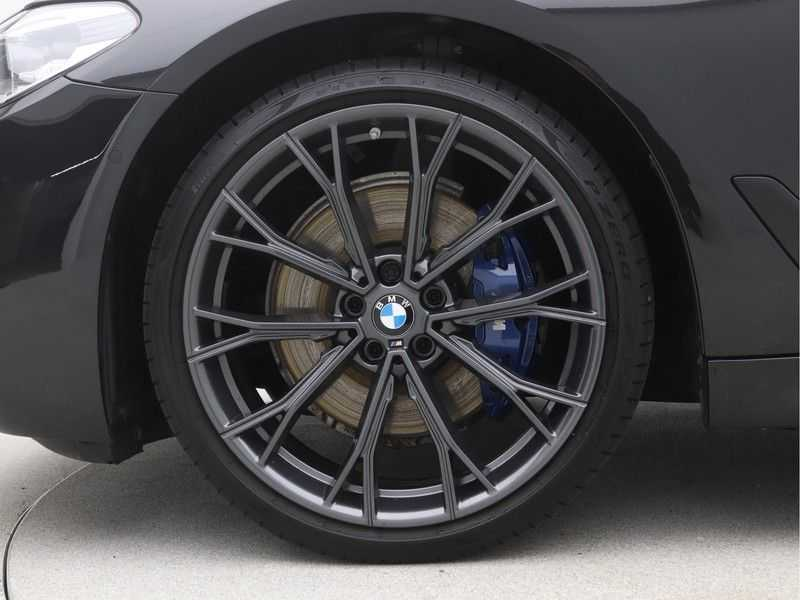 BMW 5 Serie Touring 530i High Executive M-Sport Automaat afbeelding 24