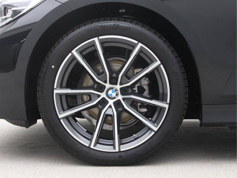 BMW 3 Serie Touring 318i Executive Sport Line Automaat afbeelding 18