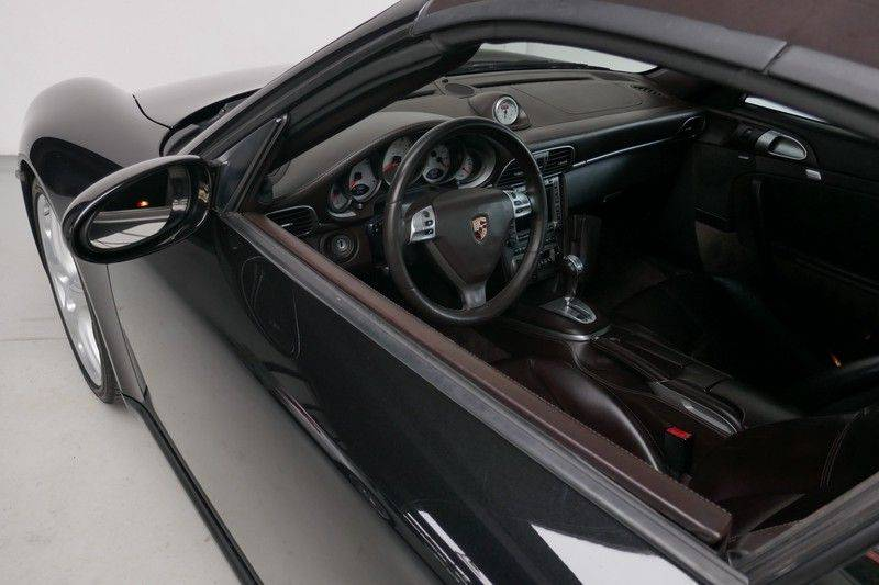 Porsche 911 Cabrio 3.8 Carrera S Keramisch - Sport chrono afbeelding 18