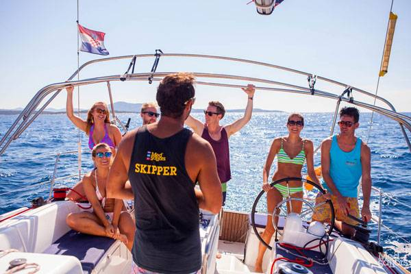 Friendship and Fun on a Sailing Holiday