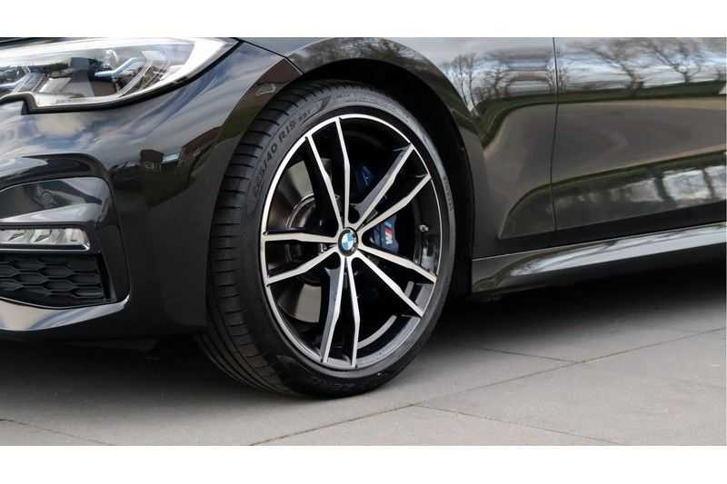 BMW 3 Serie 330i High Executive M-Sport Leder, Schuifdak, Harman/Kardon afbeelding 15