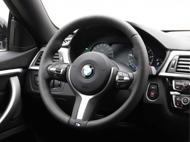 BMW 4 Serie Gran Coupé Exe. M-Sport 418i afbeelding 3