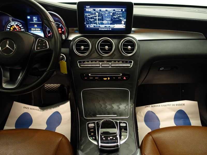 Mercedes-Benz GLC 250D 4MATIC 240PKpk 9G-Tronic AMG Edition- Panodak, Burmester, Leer afbeelding 2