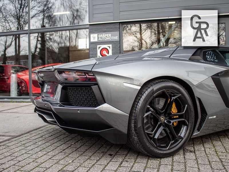 Lamborghini Aventador 6.5 V12 LP700-4 | Lift systeem | 20 inch wielen | Navigatie | afbeelding 17