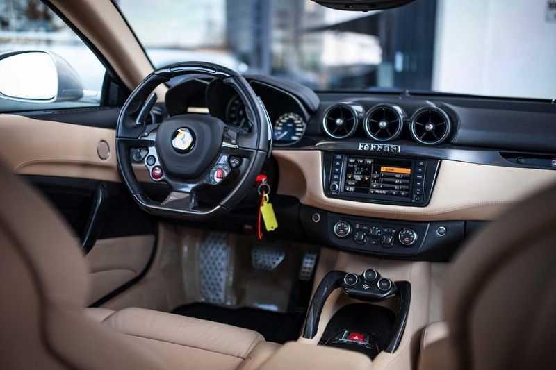 "Ferrari FF 6.3 V12 HELE *Collector Car / Passenger Display / 20"" / Carbon / Memory* afbeelding 8"