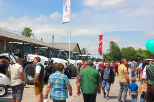 Farm equipment supplier, Agrartechnik Pettenbach once again organized a very successful Pentecost market!