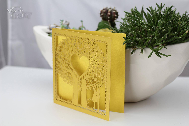 Lazeriuoto pjaustyti atvirukai iš dekoratyvinio popieriaus