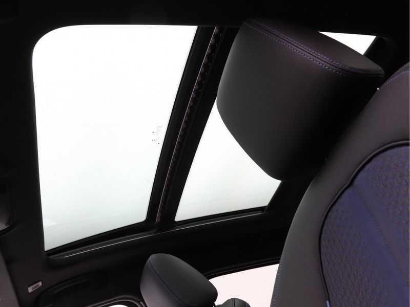 BMW 1 Serie 118i Corporate Executive M Sport afbeelding 12