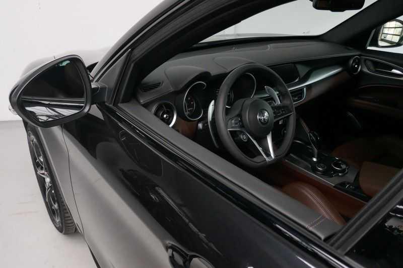 Alfa Romeo Stelvio 2.0 T AWD Q4 Special Edition afbeelding 17