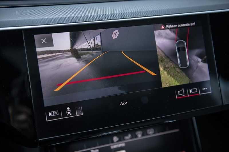 "Audi E-tron 55 e-tron quattro Advanced Pro Line S DECEMBER 2018!! € 146,- netto bijtelling pm! Head-up + B&O etc. Tot januari 2024 4% bijtelling!! Prijs inclusief 22"" velgen afbeelding 20"