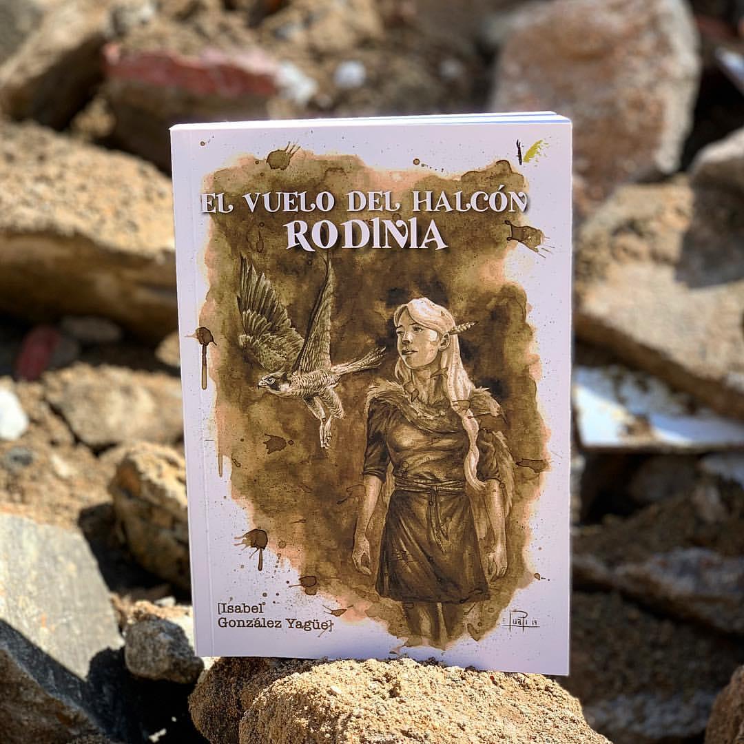 """Imagen de Reseña de """"El vuelo del halcón, Rodinia"""", de Isabel González Yagüe"""