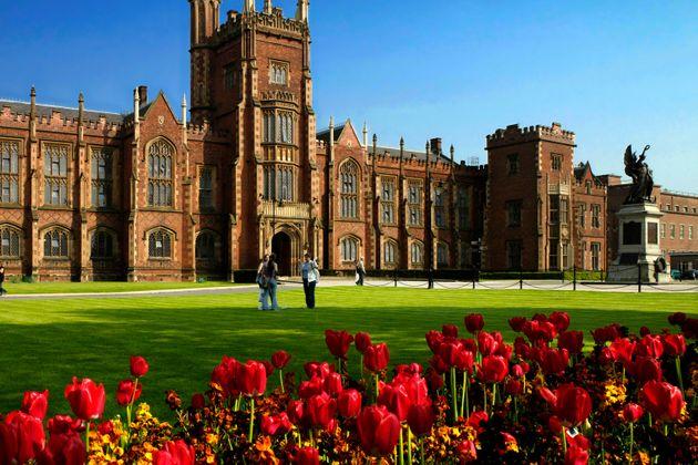 Chauffeur Me Tour Location - Queen's University