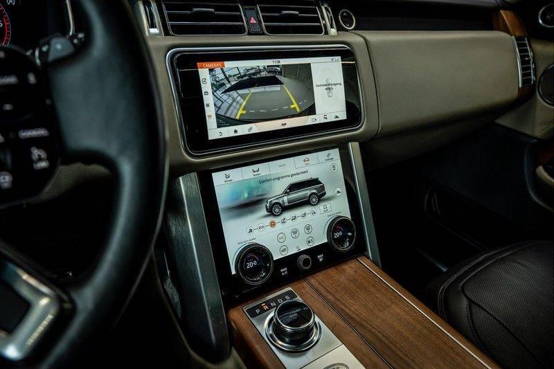 Land Rover Range Rover 4.4 SDV8 Black Pack | Panorama | Head-up Display | Trekhaak | Ambient lighting afbeelding 18