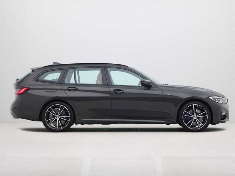 BMW 3 Serie Touring 330e PHEV High Executive M-Sport Automaat afbeelding 3