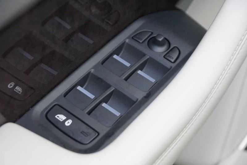 Jaguar I-PACE EV400 First Edition NIEUW uit voorraad leverbaar! / Direct rijden / Full options! afbeelding 20