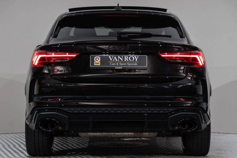 "Audi RSQ3 Sportback 2.5 TFSI 400pk Quattro Panoramadak BlackOptic B&O ValconaLeder+Memory Matrix Navi/MMI DriveSelect Keyless Camera 21"" Pdc afbeelding 13"