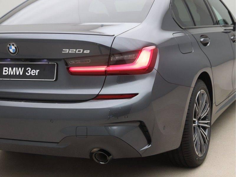 BMW 3 Serie 320e High Exe M-Sport Aut. Hybrid afbeelding 21