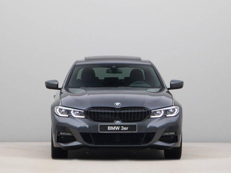 BMW 3 Serie 320e High Exe M-Sport Aut. Hybrid afbeelding 6