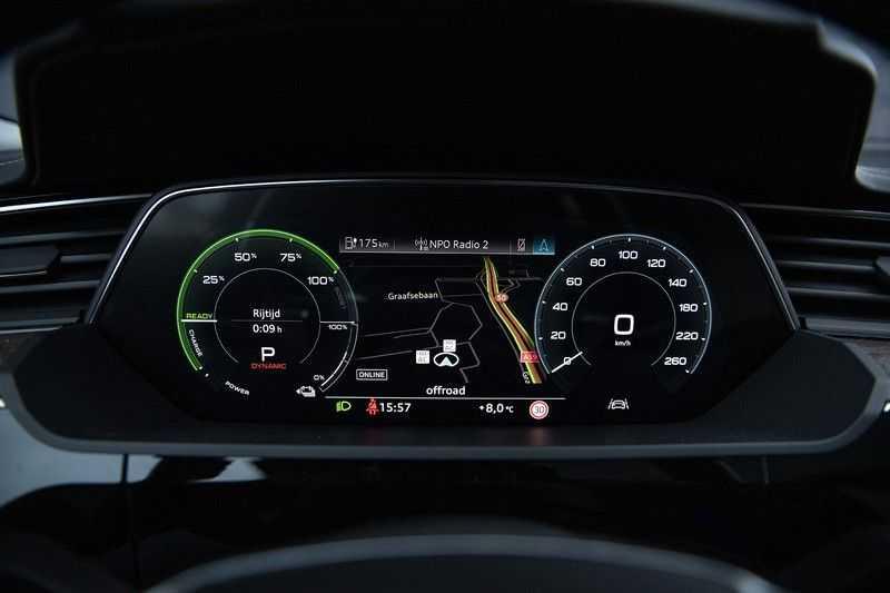 Audi E-tron 55 quattro Advanced Pro Line S NOVEMBER 2018!! € 146,- netto bijtelling pm! 4% bijtelling!! Massage + Head-up + Stoelkoeling afbeelding 24