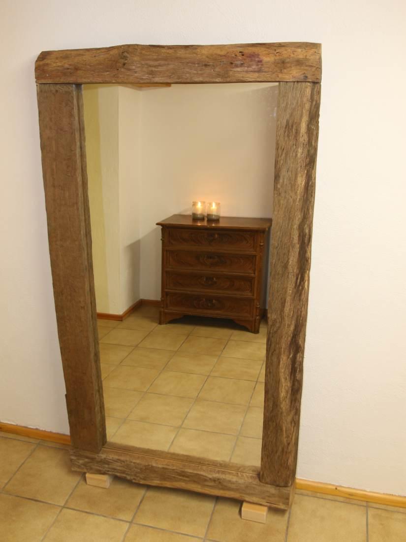 Antiker Spiegel. RUPPERTdesign.