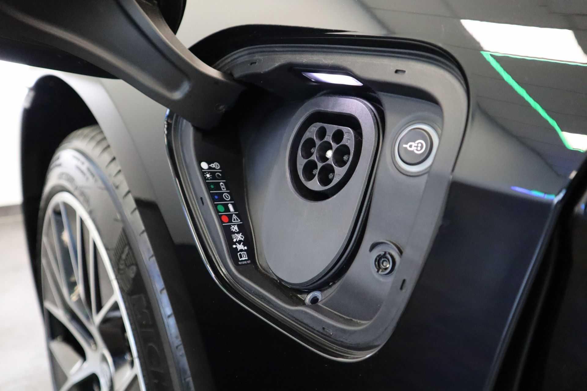 Porsche Taycan 4S Performance 571pk! Prijs = Ex.BTW Full-Led Sport-Chrono Panoramadak Warmtepomp afbeelding 32
