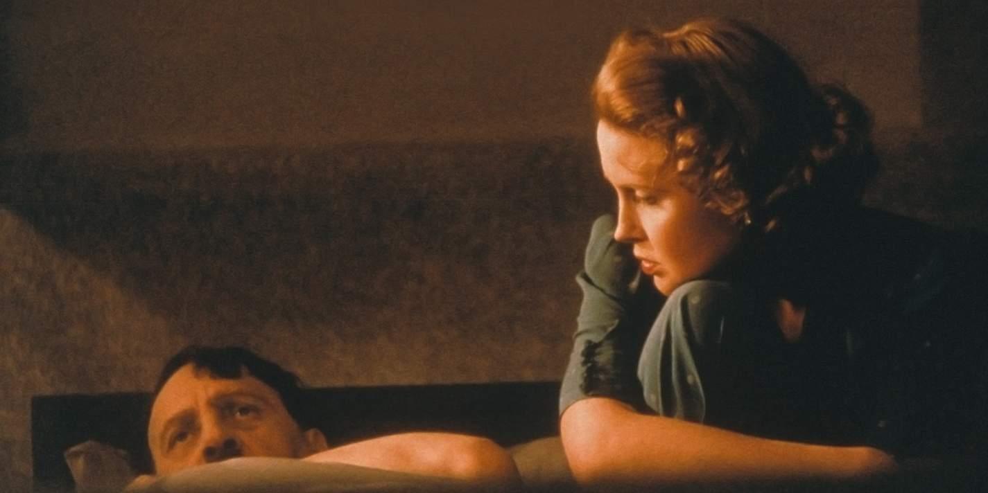 Кадр из фильма Александра Сокурова «Молох»