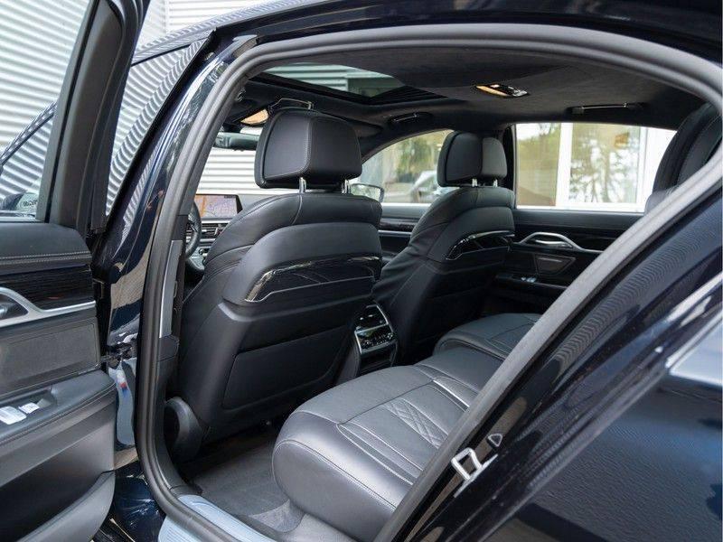BMW 7 Serie 745e High Executive - M-Sport - 4x Comfortzetel - Stoelventilatie - Volleder afbeelding 17