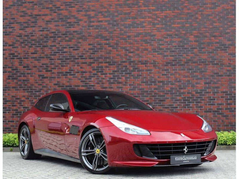 Ferrari GTC4 6.3 V12 Lusso *Panoramadak*passagiers display* afbeelding 1