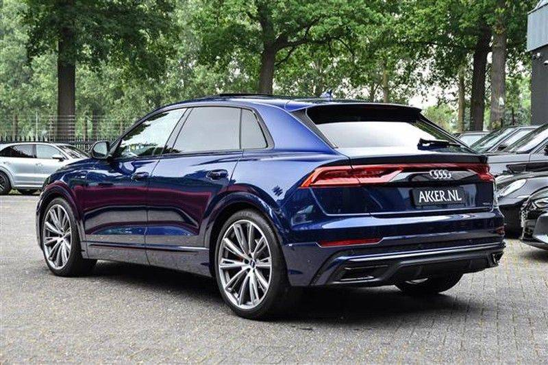 Audi Q8 55 TFSI S-LINE+23INCH+PANO.DAK+360CAM+BLACKLOOK afbeelding 11