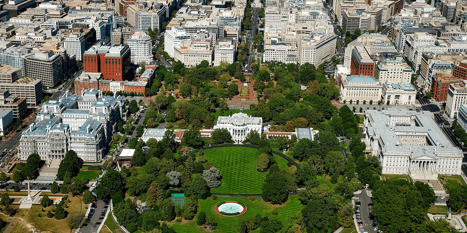 Aerial view of the White House in DC