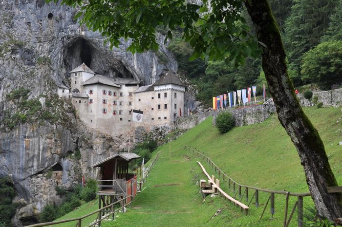 Discover Slovenia: Europe's Green Gem