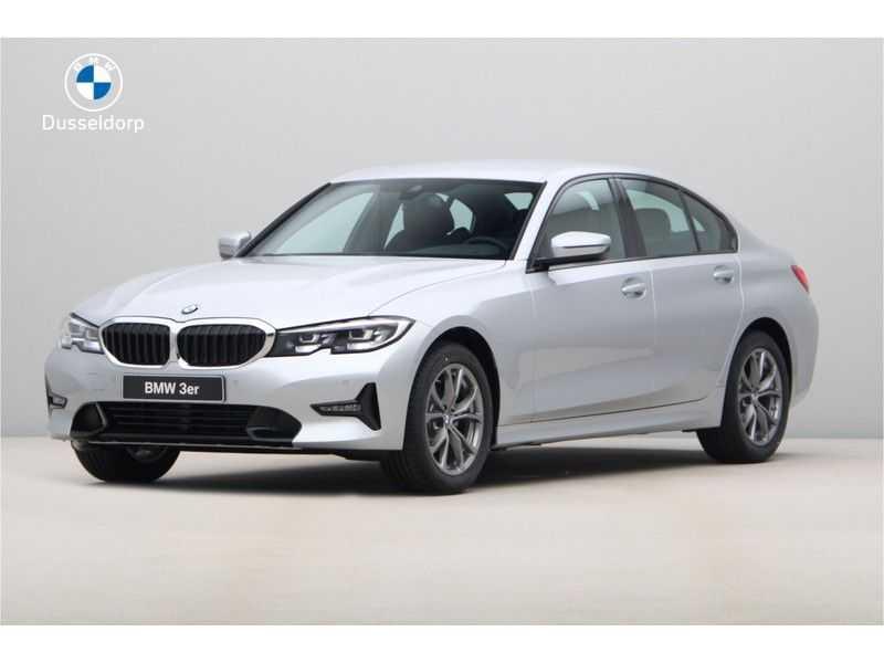 BMW 3 Serie 318i Sedan Exe Sportline Aut. afbeelding 1