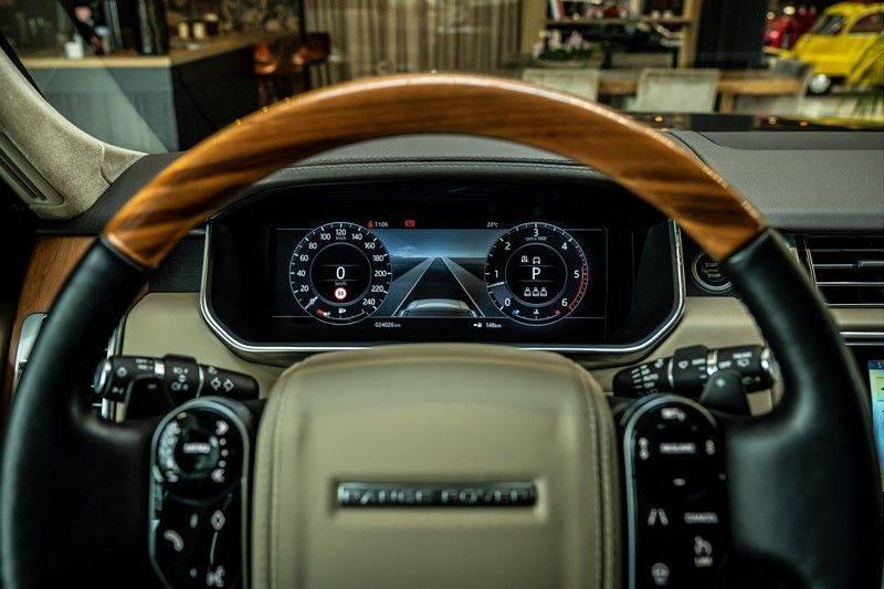 Land Rover Range Rover 4.4 SDV8 Black Pack | Panorama | Head-up Display | Trekhaak | Ambient lighting afbeelding 9