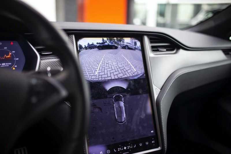 "Tesla Model S 100D Performance *Verb. Autopilot / 21"" LM / Pano* afbeelding 6"