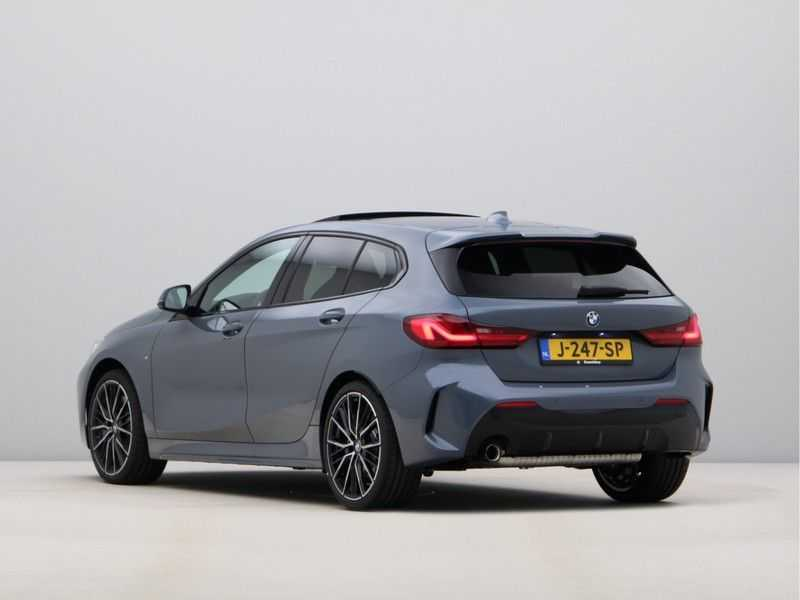BMW 1 Serie 118i High Exe Edition Aut. M-Sport afbeelding 10