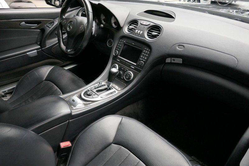 Mercedes-Benz SL-Klasse 63 AMG Performance Package - Carbon afbeelding 24