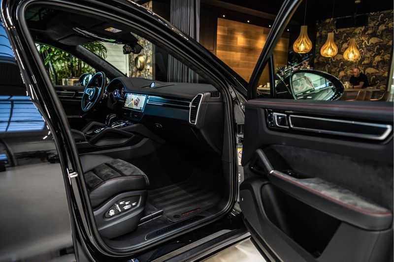 Porsche Cayenne Coupé 4.0 GTS | Head-up-Display | BOSE | Adaptieve luchtvering afbeelding 24