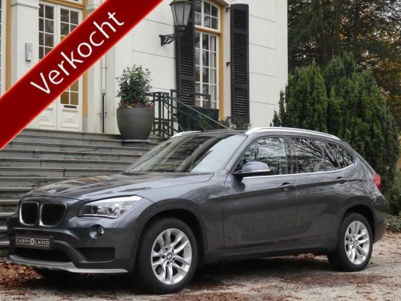BMW X1 sDrive20i afbeelding 1