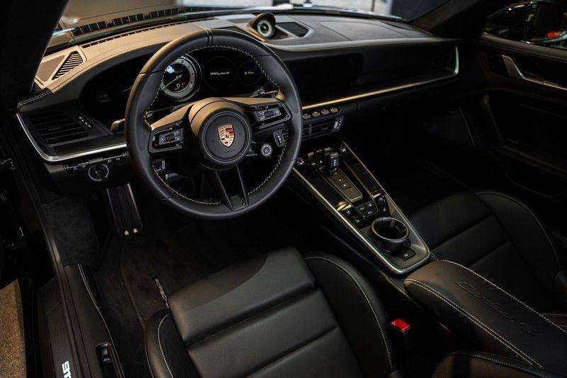 Porsche 911 992 Turbo S keramisch PCCB Burmester PDLS 3.8 Turbo S afbeelding 16