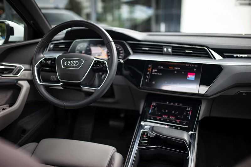 Audi e-tron 55 Quattro *Advanced / B&O / Pano / ACC / 4% Bijtelling €175,- P.M.* afbeelding 6