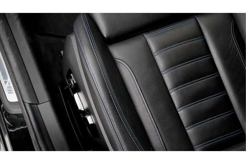 BMW 3 Serie 330i High Executive M-Sport Leder, Schuifdak, Harman/Kardon afbeelding 17