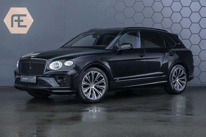 Bentley Bentayga V8 FIRST EDITION MY 2021 + Naim Audio + Onyx Pearl Black + Apple CarPlay (draadloos)