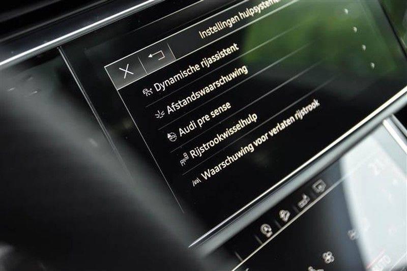 Audi Q8 55 TFSI S-LINE+23INCH+PANO.DAK+360CAM+BLACKLOOK afbeelding 18